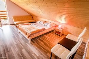 sypialnia w domku nr 1 i nr 2